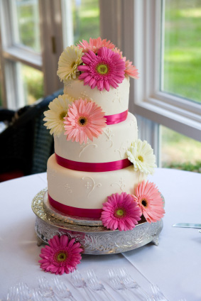 Flower Cakes on Wedding Cakes   Eggless Cakes   Ab Cakes  Wolverhampton